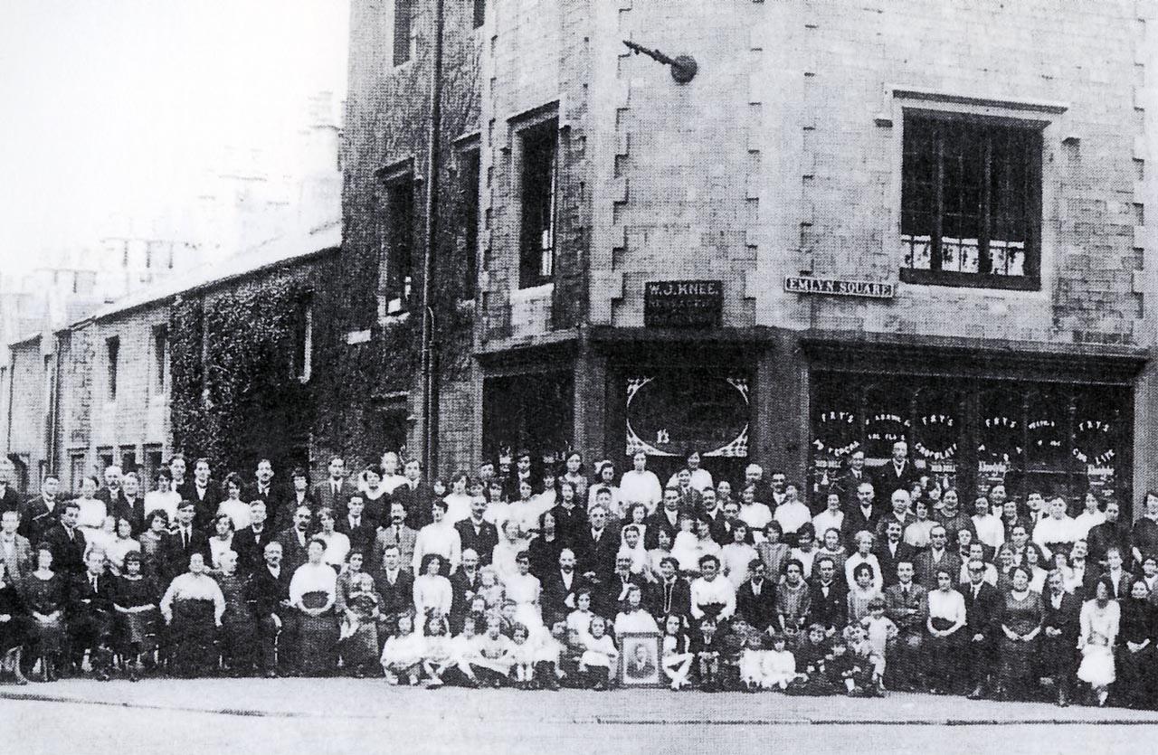 1-26a-1 Emlyn Square 1920-101(0002)