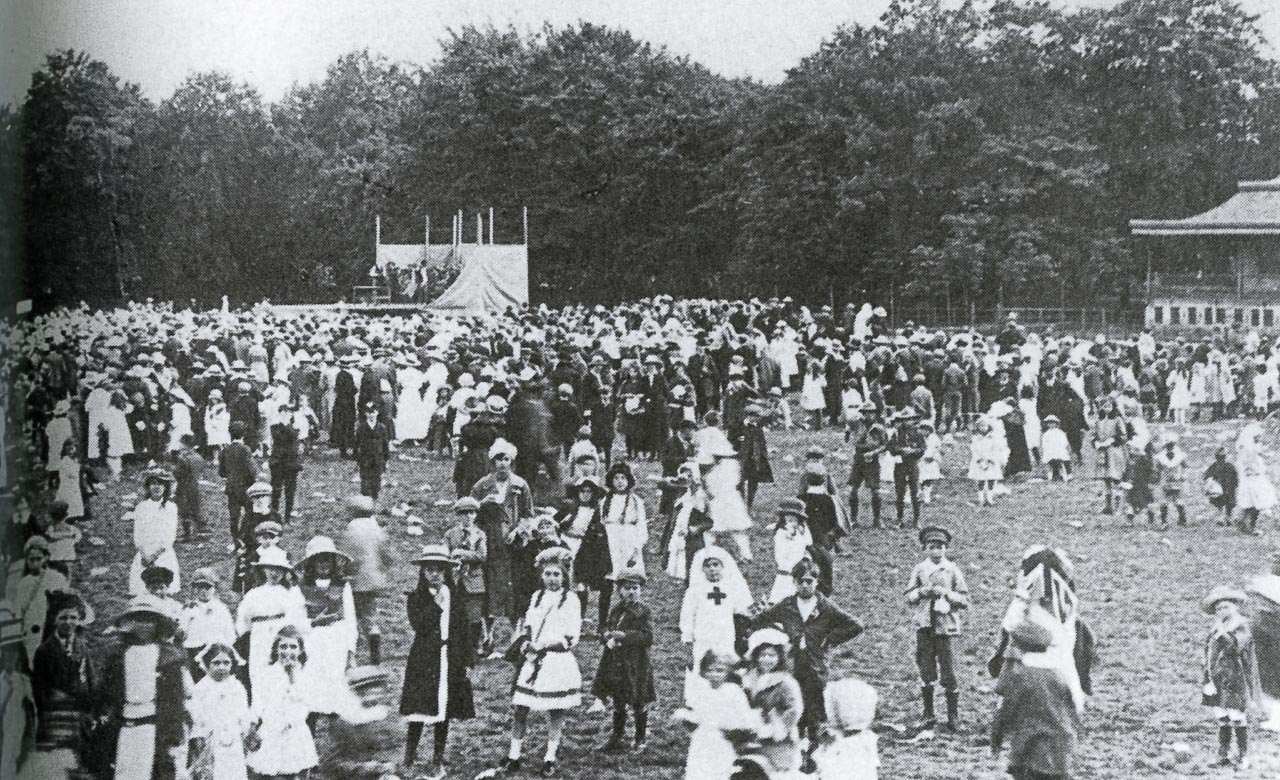 1-37-1 Faringdon Road Park GWR Childrens Fete1919-119