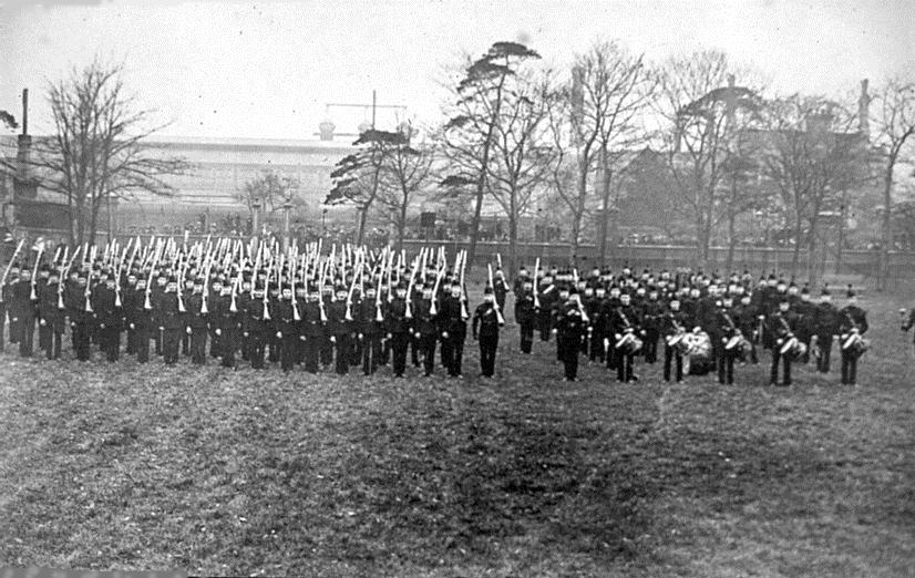 4 - GWR Park - HOOPER parade 1910