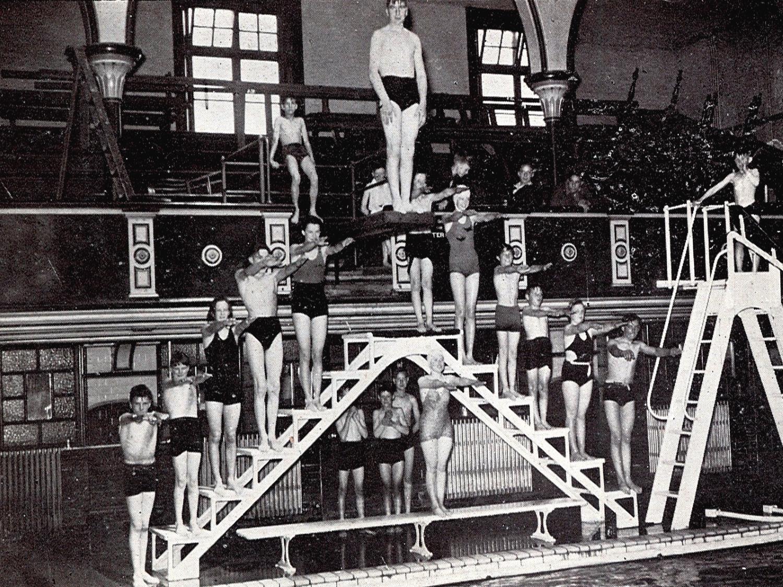 9 - Baths 1947