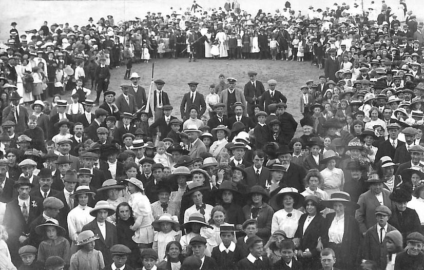 ANNUAL TRIP (TENBY 4) 1912