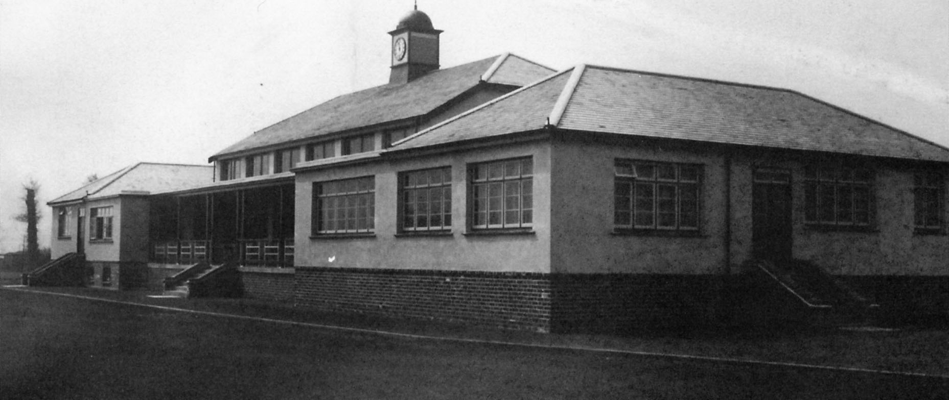 GWR S 119 Clubs Sports Club and Pavilion opening at Shrivenham Road May 1935(0002)