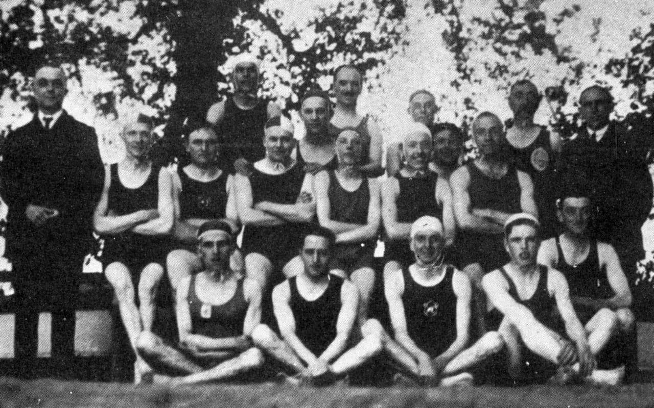 Water Polo team 1930s